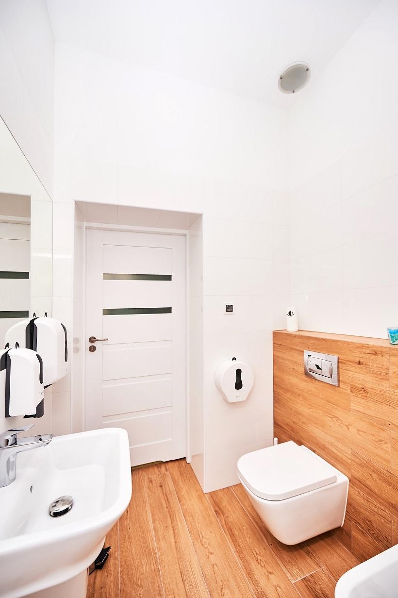 Łazienka dla pacjentów gabinetów nr 2 i 3